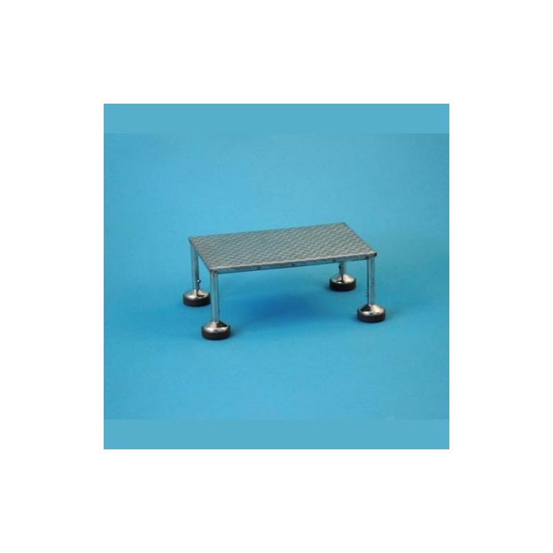 Pojazdný schodík s nerezovým stupňom 16 cm/20cm